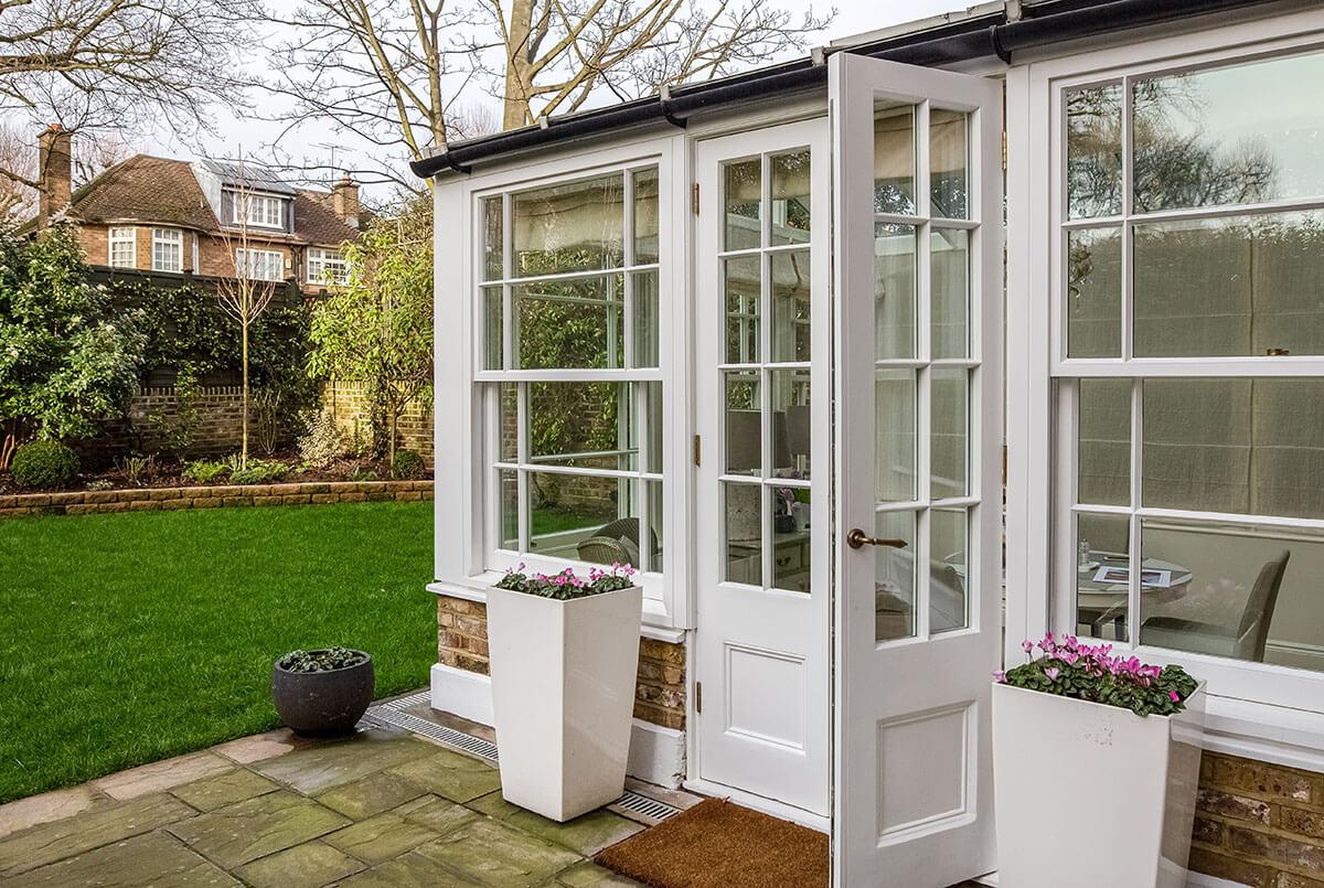 sunroom in grade II house in St john's wood, London