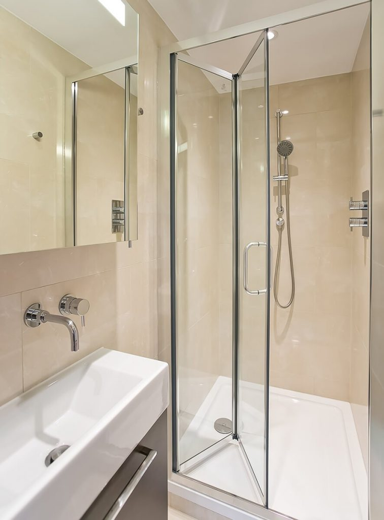 interior design for moder bathroom in south kensington, London