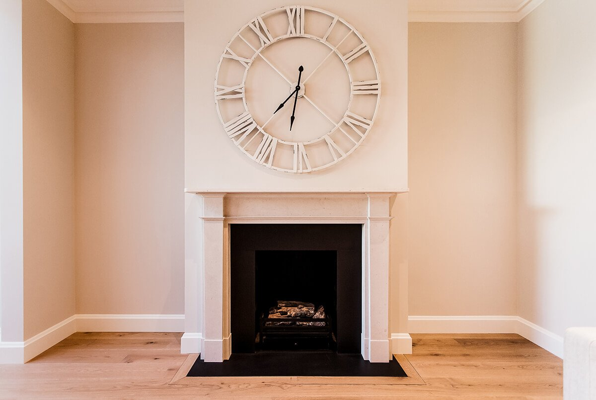 residential interior design for spacious, light reception room with fireplace, Wandsworth, London