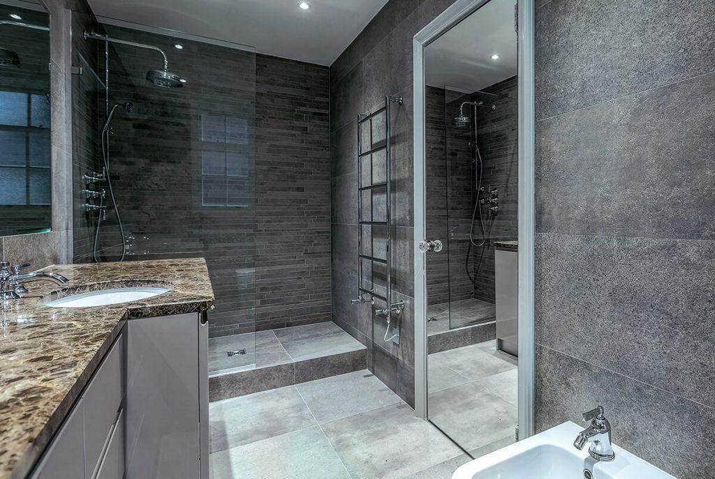 grand and spacious interior design for a bathroom, Mayfair, London