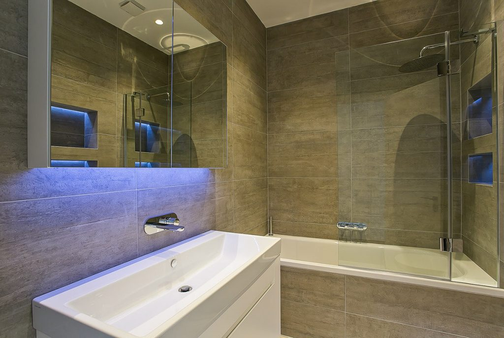 interior design for minimalistic bathroom in westminster, London