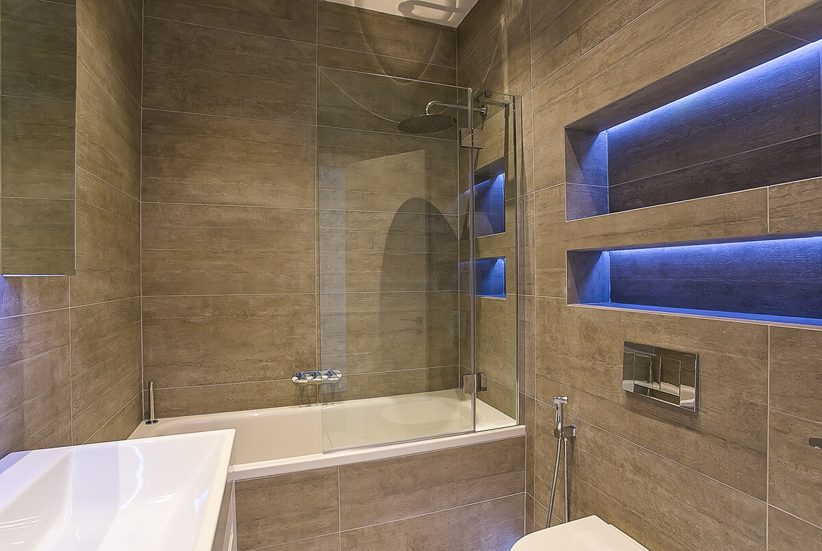 interior design for minimalistic bathroom in westminster, London