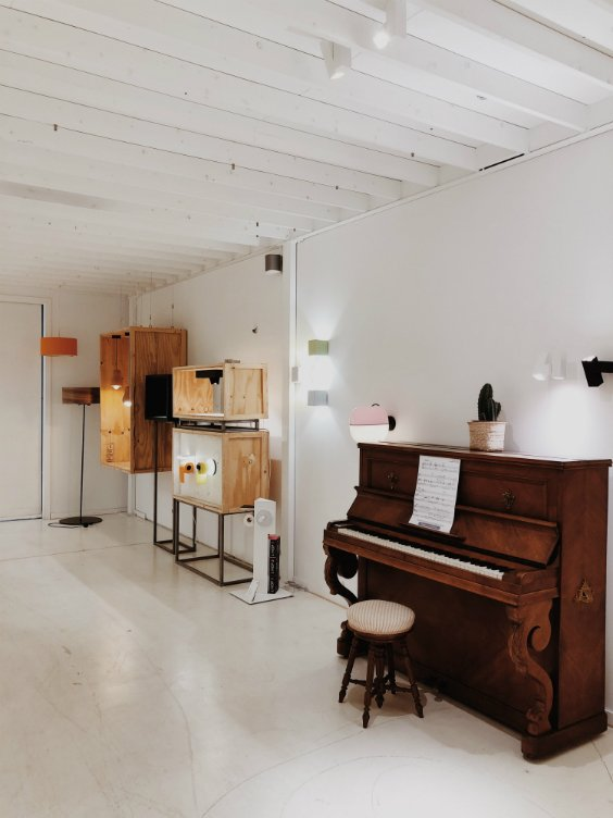 lighting showroom in belgium with contemporary lightings designed by DARK