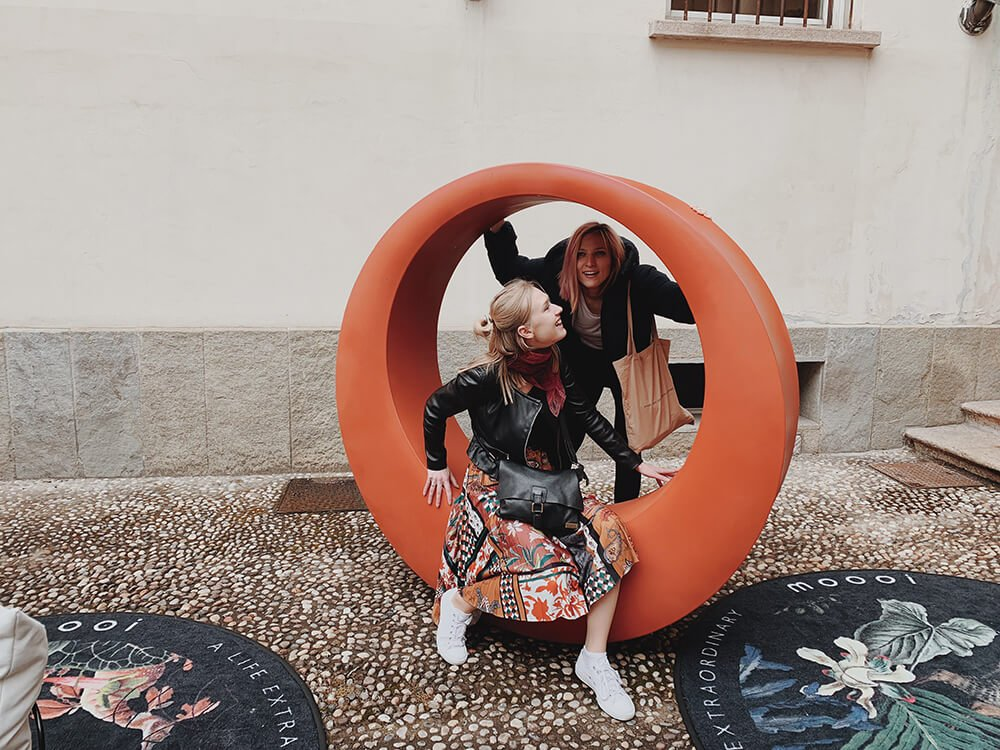 team TEMZA and Moooi and Moooi Carpets interior design installation in Milano 2019
