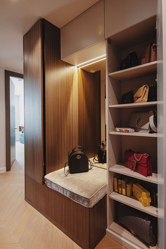 residential interior design in westminster, London- hallway with storage for bags