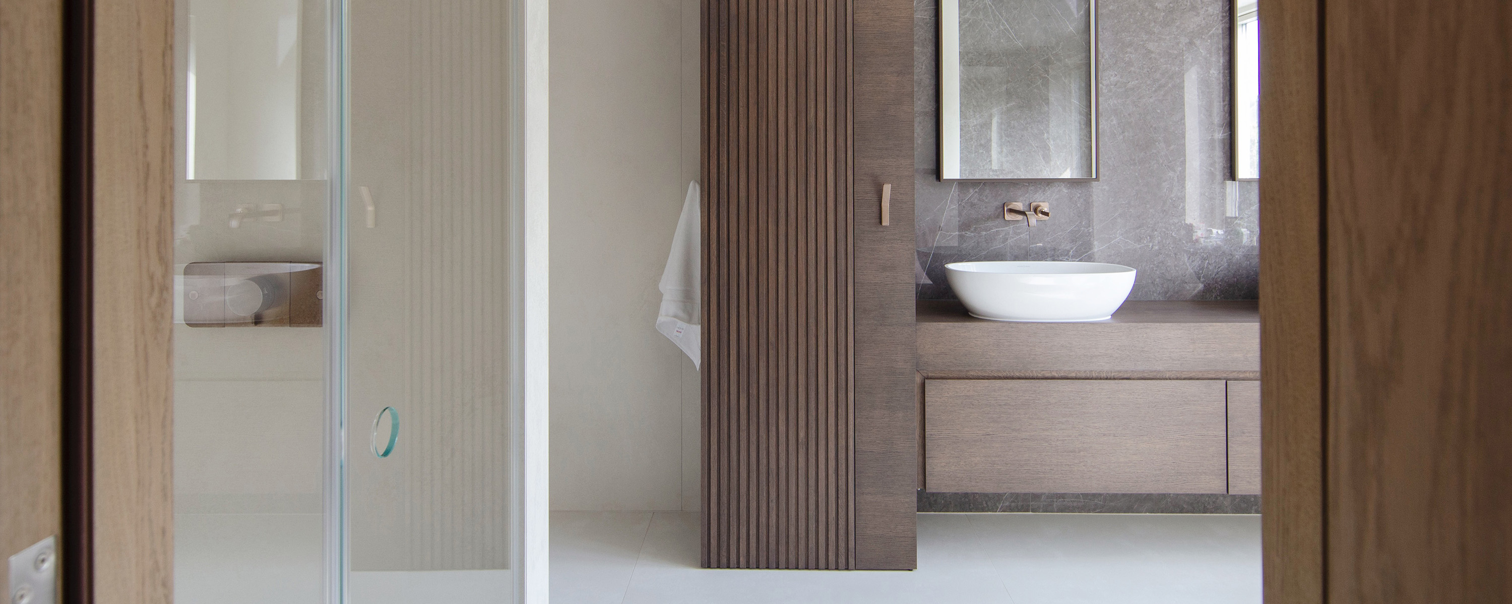 Residential interior design for spacious bathroom, Brockley, London