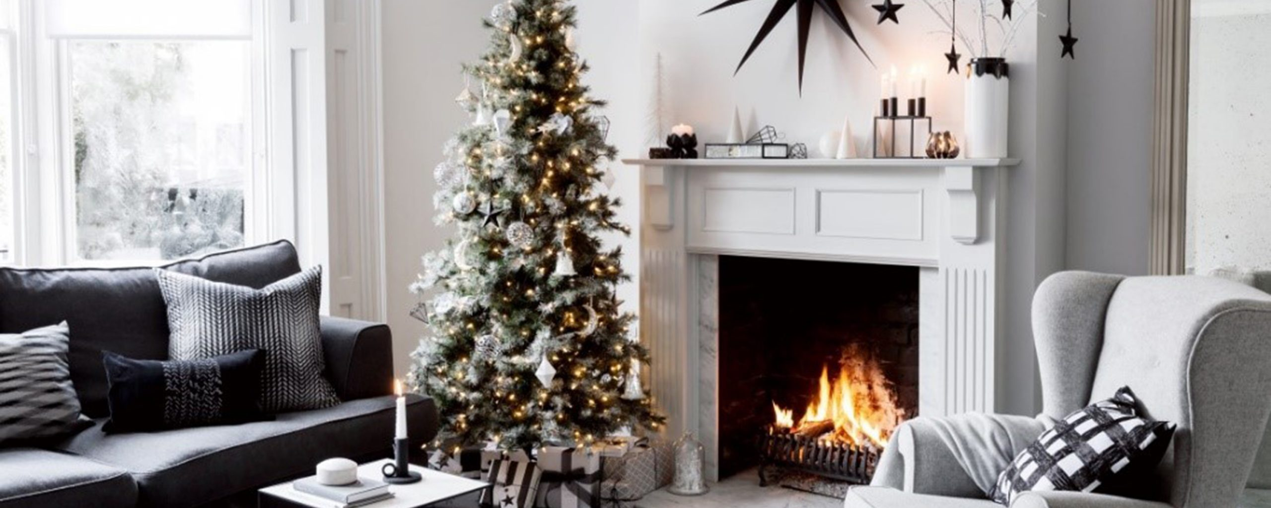AN INTERIOR DESIGN GUIDE TO HOSTING A SPECTACULAR CHRISTMAS AT HOME